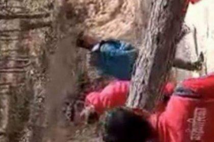 खेलकुद मन्त्री तामाङलाई गृह जिल्लामा अवराेध