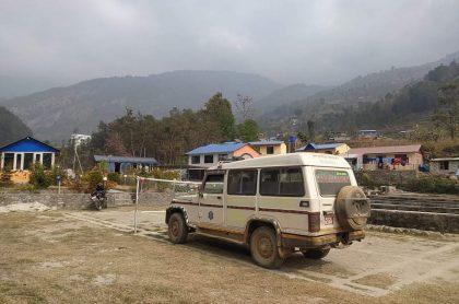 मेलम्ची अस्पतालकाे एम्बुलेन्स घुमफिर र रमाईलाेका लागि प्रयाेग