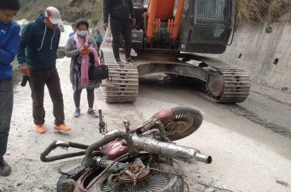 चार महिनापछि बेपत्ता पुजनको मोटरसाइकल र जुत्ता भोटेकोशी किनारमा भेटियो