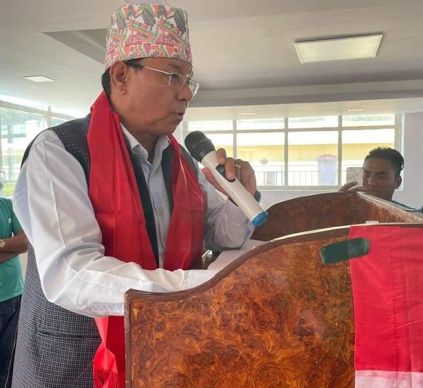 वंशलाल तामाङद्धारा नेपाली कांग्रेस जिल्ला सभापति पदमा उम्मेद्वारी दिने घोषणा